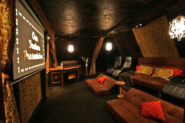 magnificent fairytale castle for sale near tgv 65 min to paris montparnasse moulin. Black Bedroom Furniture Sets. Home Design Ideas
