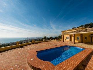 Купить недорогой дом в испании с видом на море
