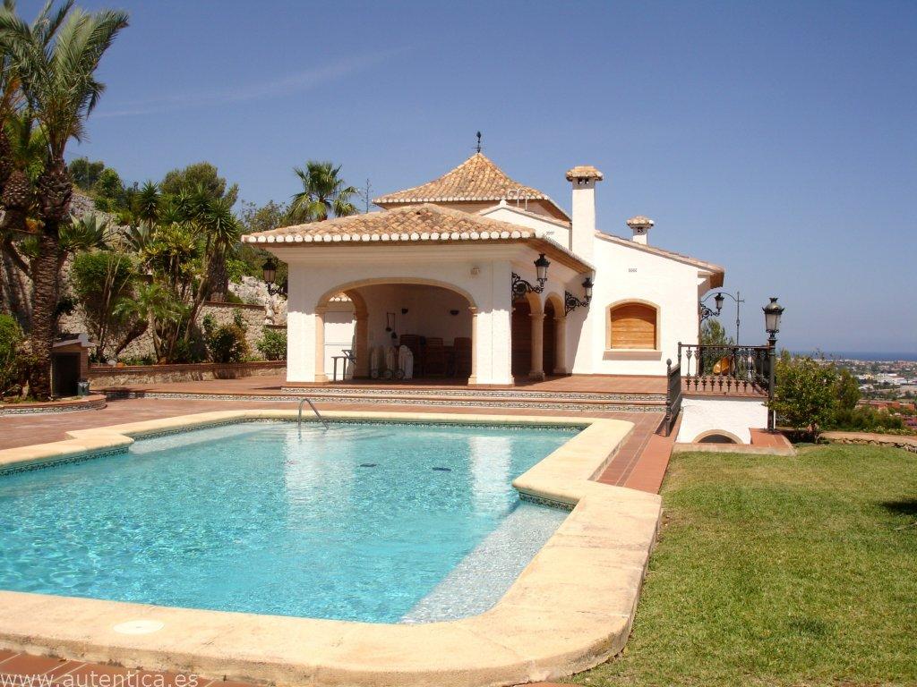 Luxury Villa With Wonderful Sea Views
