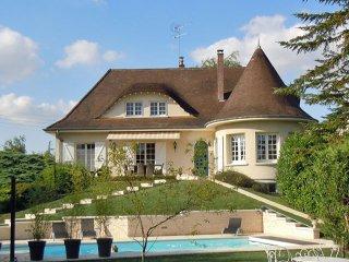 Huis te koop troyes aube champagne ardennen frankrijk for Huizen te koop ardennen