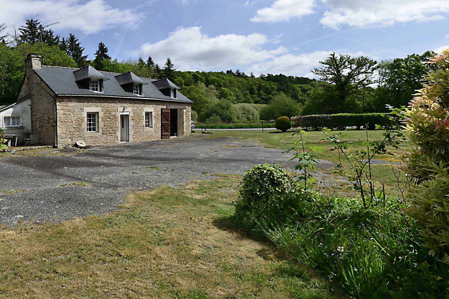 A vendre moulin et sa maison campagne morbihannaise moulin for Acheter une maison en campagne