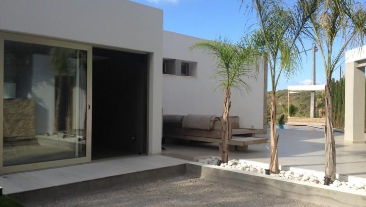 Villa te koop aan de costa blanca met bioscoop en zwembad moulin - Moderne buitentuin ...
