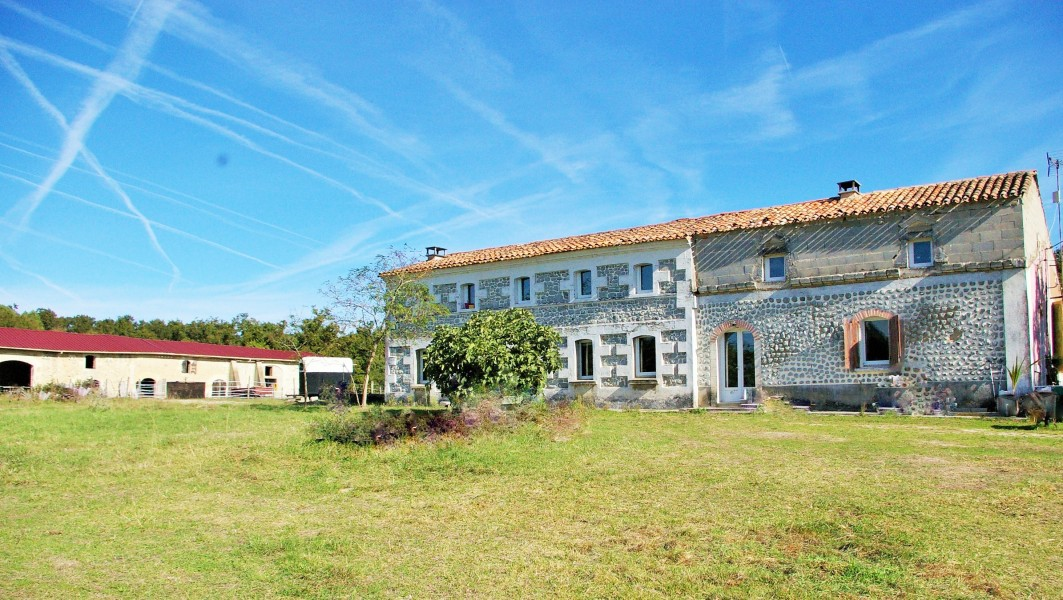 Good Equestrian Property With Stables For Sale On 30 Ha Charente Maritime, France  | Moulin