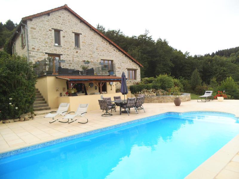 Maison avec g te et piscine vendre creuse limousin moulin - Camping creuse avec piscine ...