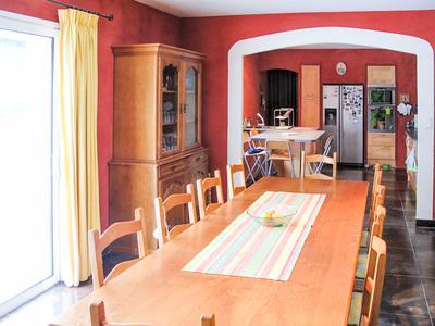 Jolie maison moderne 190 m² individuelle, 5 chambres, avec piscine ...