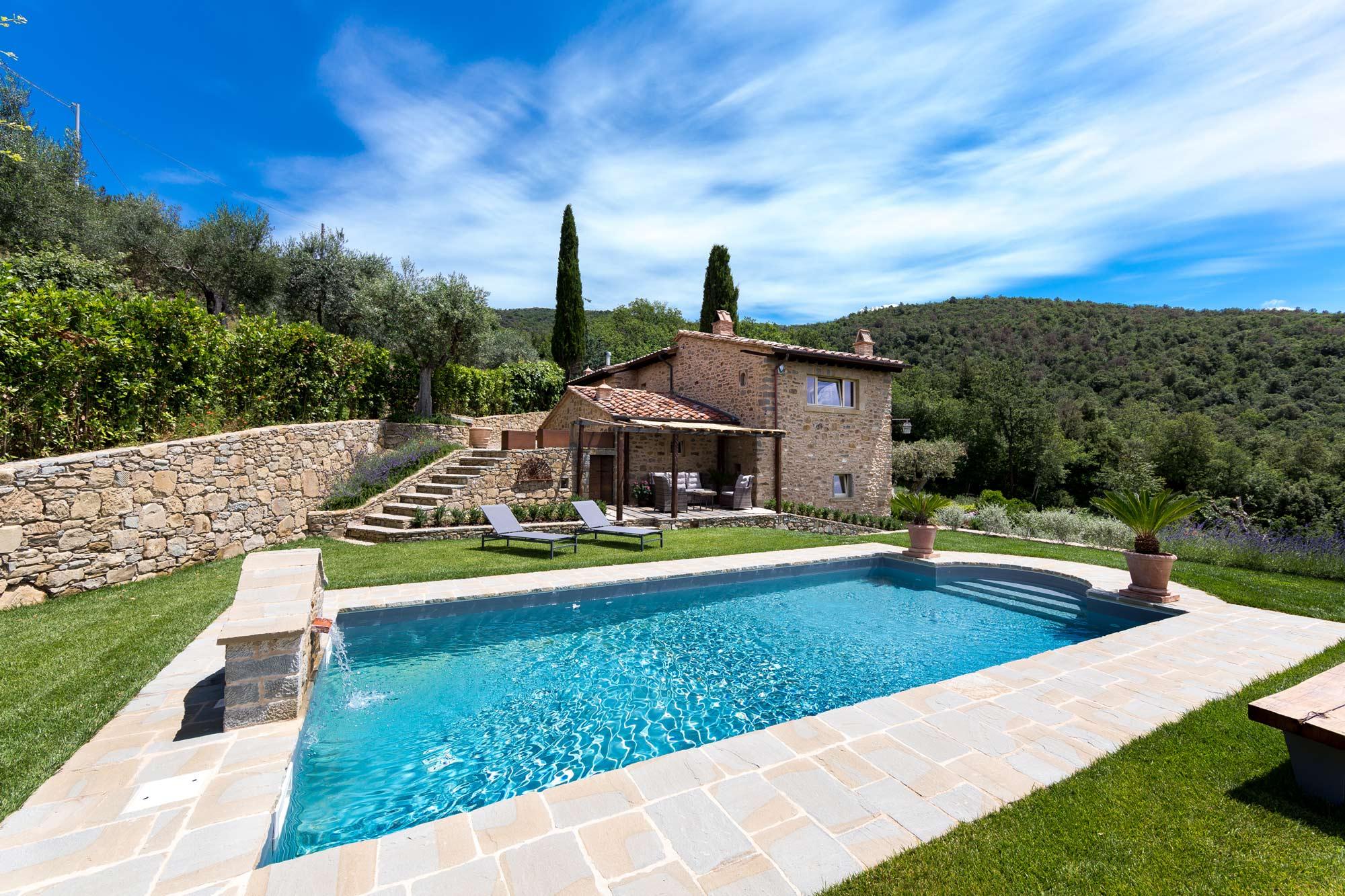 Modernes Bauernhaus Mit Pool In Cortona Moulin
